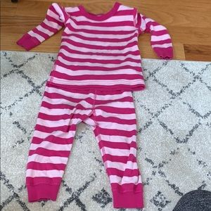Hanna Andersson toddler pjs 18-24m